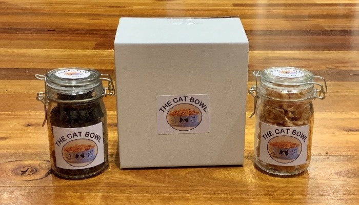 Products: The Cat Bowl healthy dehydrated pet cat dog treats