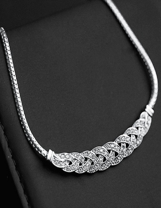 Crisscross Necklace - Gold or Silver