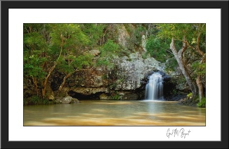 https://cdn.nimbo.com.au/assets/9afefc52942cb83c7c1f/22682b8eba3cb0d0f1d761cb/uploads/kondalilla-falls-fine-art-print-1aiecc9f.jpg
