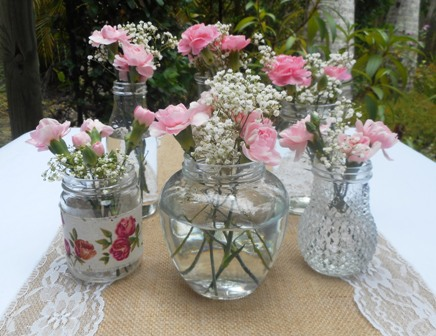 Pretty Vintage Wedding Jars DIY Table Centrepieces