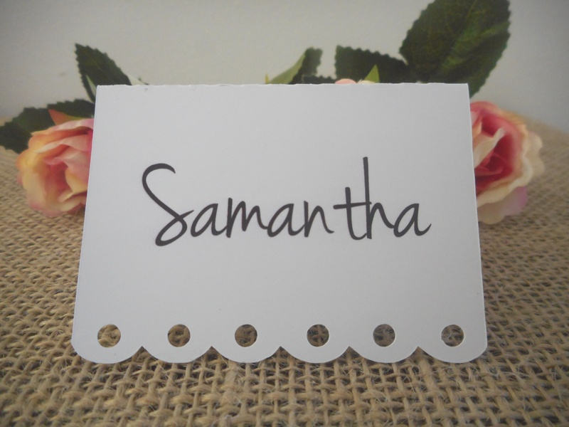 White Placecards with Decorative Edge Personalised (4 font styles)