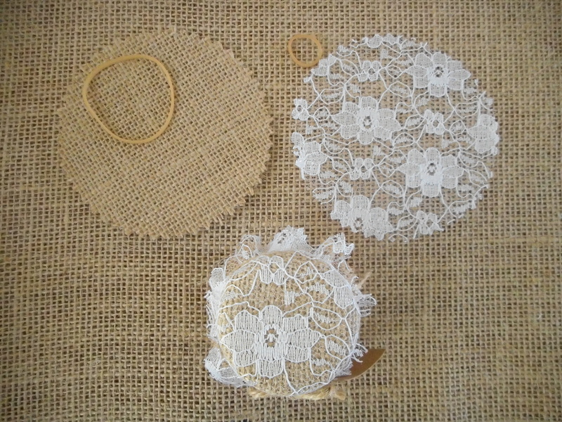 Pk/50 Hessian & Lace Fabric 9cm Jar Lid Covers DIY Jam Honey Favours Rustic Vintage Wedding
