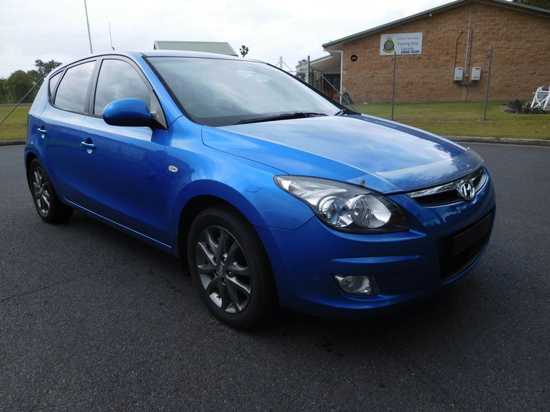 2011 Hyundai i30 MANUAL