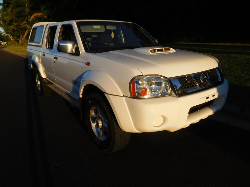 2011 Nissan Navara ST-R TD MANUAL